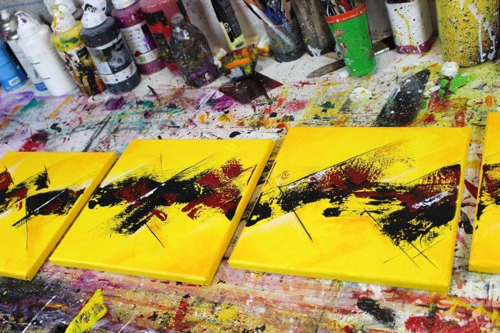 Tableau jaune et rouge