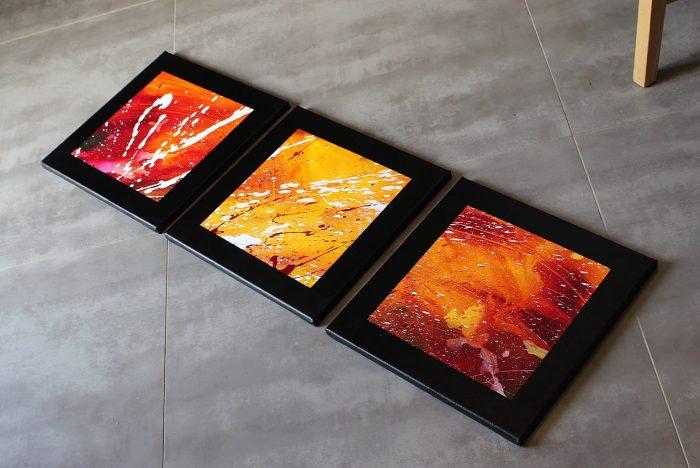 Triptyque moderne rouge, jaune et violet